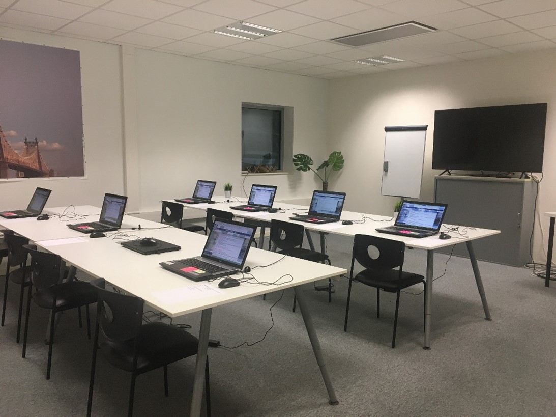 Locaux AAS Formation : salle de formation imagerie